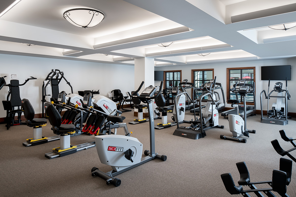 Very spacious exercise room with a variety of exercise equipment