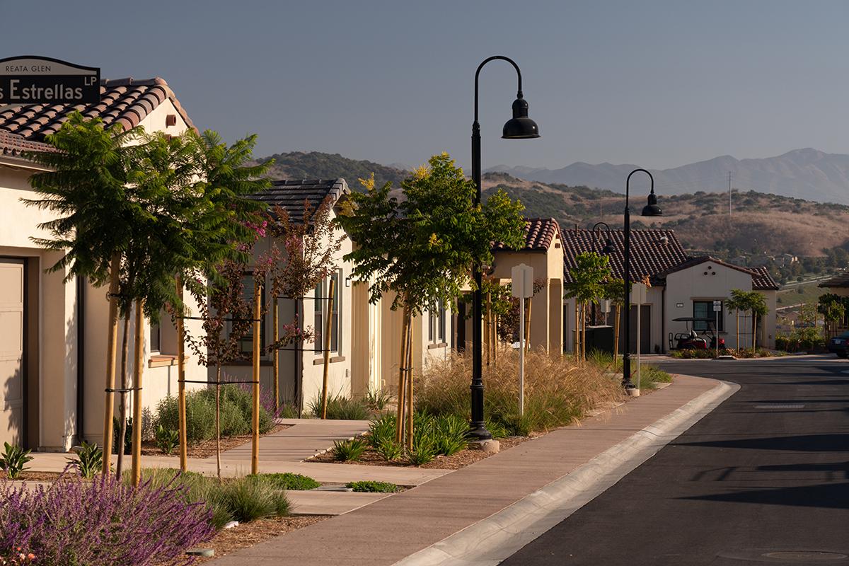 Nice homes in a nice neighborhood. Mountains and trees surround the neighborhood beautifully